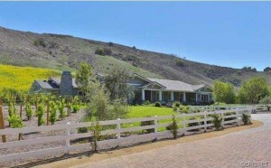kylie-jenner-scoops-up-5m-ranch-in-hidden-hills1